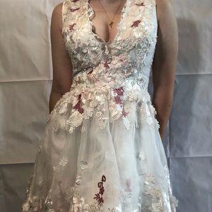Dresses & Skirts - White Homecoming Dress